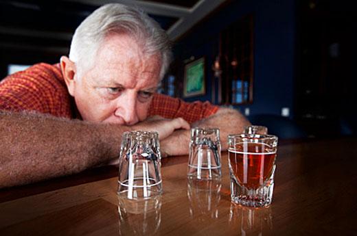Как определить, что алкоголику необходима реабилитация?