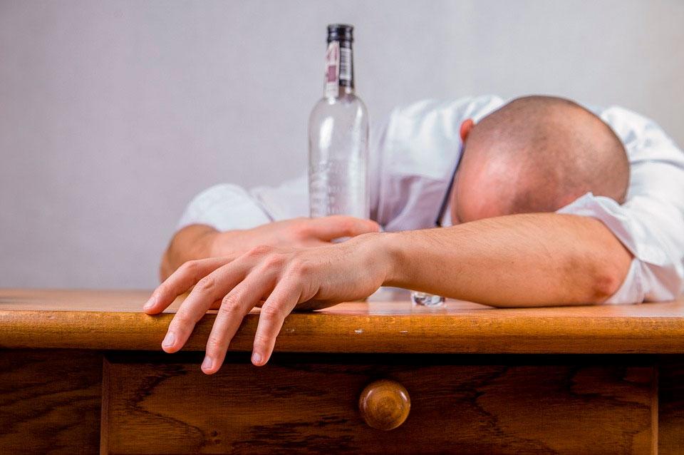 Социально-психологическая реабилитация зависимых от алкоголя