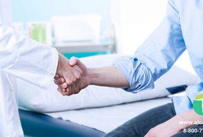 Амбулаторное лечение и реабилитация людей с алкогольной зависимостью