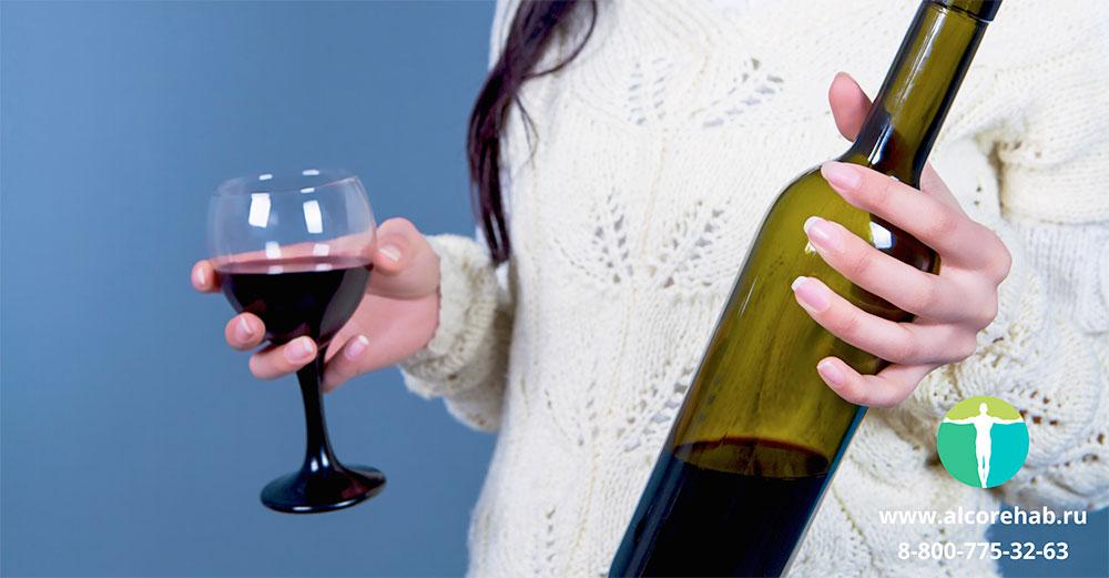 Как правильно вести себя с алкоголиком в семье